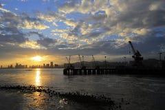 Por do sol do cais de Tongyi Imagens de Stock Royalty Free