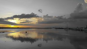 Por do sol do espelho Imagem de Stock