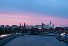 Por do sol do Kremlin de Moscou Imagem de Stock Royalty Free