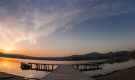 Por do sol do lago Fotografia de Stock Royalty Free