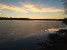 Por do sol do lago blue Springs imagens de stock royalty free