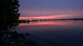 Por do sol do lago de maracaibo Imagens de Stock