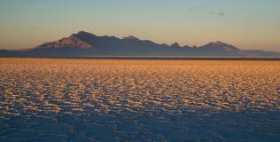 Por do sol do lago Pleistocene de Tooele County Utá dos planos de sal de Bonneville Imagens de Stock