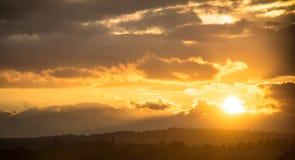 Por do sol do país Foto de Stock