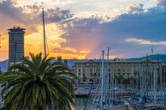 Por do sol do porto de Barca Imagens de Stock