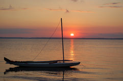 Por do sol do Sailboat Imagens de Stock Royalty Free