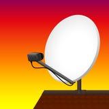 Por do sol do telhado da antena parabólica Imagem de Stock Royalty Free