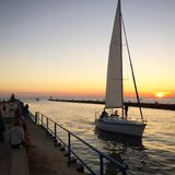 Por do sol do veleiro Foto de Stock Royalty Free