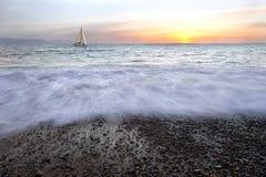 Por do sol do veleiro Imagens de Stock Royalty Free