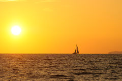 Por do sol do veleiro Imagens de Stock