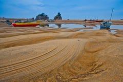 Por do sol dos barcos de pesca em Malaysia Imagens de Stock Royalty Free