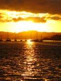 Por do sol dourado em Plymouth, Engalnd fotos de stock