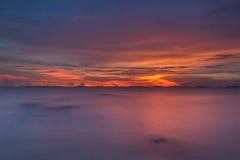 Por do sol dramático Imagem de Stock