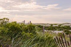 Por do sol dramático na costa leste Oceano Atlântico Fotografia de Stock