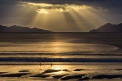 Por do sol dramático - Vigo - Espanha imagens de stock