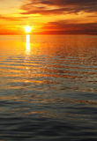 Por do sol e mar imagem de stock royalty free