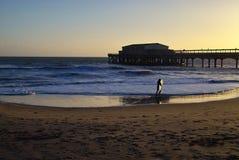 Por do sol e o mar fotos de stock royalty free