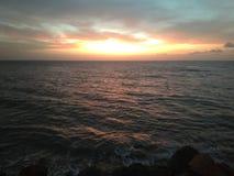 Por do sol em Aguada Puerto Rico Beach fotografia de stock