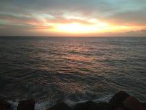 Por do sol em Aguada Puerto Rico Beach fotos de stock royalty free
