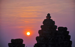 Por do sol em Angkor, Cambodia fotos de stock royalty free