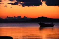 Por do sol em Ayval?k, Turquia Foto de Stock