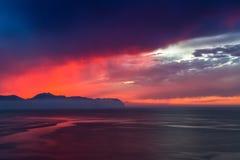 Por do sol em Bagheria perto de Palermo em Sicília, Itália Imagem de Stock