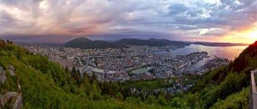 Por do sol em Bergen fotos de stock