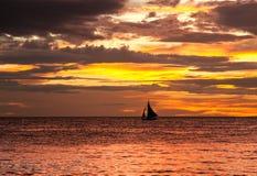 Por do sol em Boracay Fotografia de Stock Royalty Free