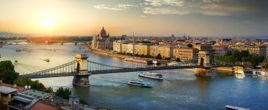 Por do sol em Budapest Fotos de Stock Royalty Free