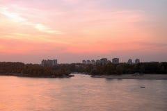 Por do sol em Danube River imagem de stock royalty free