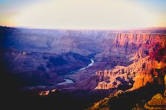 Por do sol em Grand Canyon o Arizona EUA foto de stock royalty free