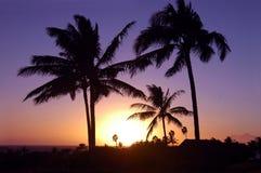 Por do sol em Havaí imagens de stock