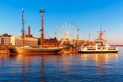 Por do sol em Helsínquia, Finlandia foto de stock royalty free