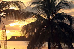 Por do sol em Jamaica, mar das caraíbas Fotografia de Stock Royalty Free