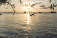 Por do sol em Koh Tao, Tailândia Fotos de Stock Royalty Free