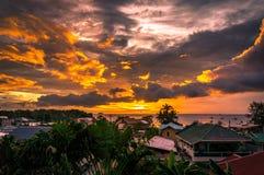 Por do sol em Malapascua Fotografia de Stock