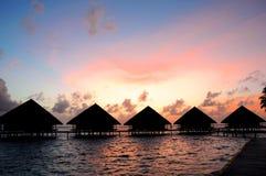 Por do sol em maldives foto de stock