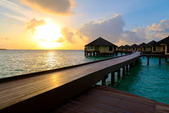 Por do sol em maldives fotografia de stock royalty free