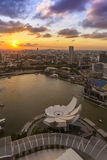 Por do sol em Marina Bay, Singapura Fotos de Stock Royalty Free