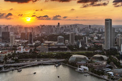Por do sol em Marina Bay, Singapura Fotos de Stock