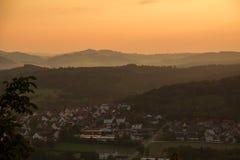 Por do sol em Marsberg & em x28; Germany& x29; fotos de stock