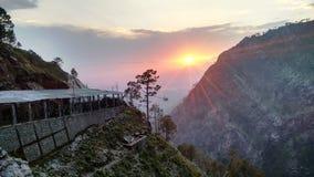 Por do sol em montes de Trikuta Imagem de Stock