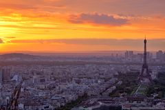 Por do sol em Paris Fotografia de Stock Royalty Free