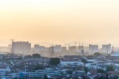 Por do sol em Petaling Jaya, Selangor, Malásia imagem de stock royalty free