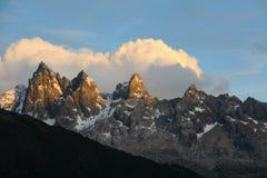 Por do sol em picos do granito fotografia de stock royalty free