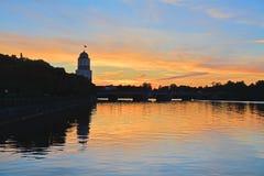 Por do sol em Vyborg, Rússia Imagens de Stock
