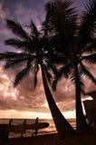 Por do sol em Waikiki imagens de stock