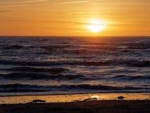 Por do sol em Ynyslas Imagens de Stock