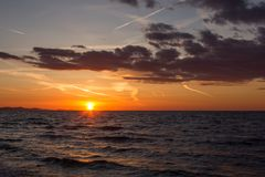 Por do sol em Zadar, Croácia imagens de stock royalty free