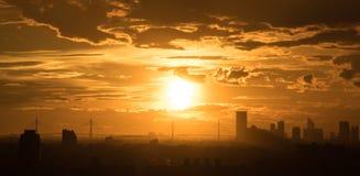 Por do sol impressionante Fotografia de Stock
